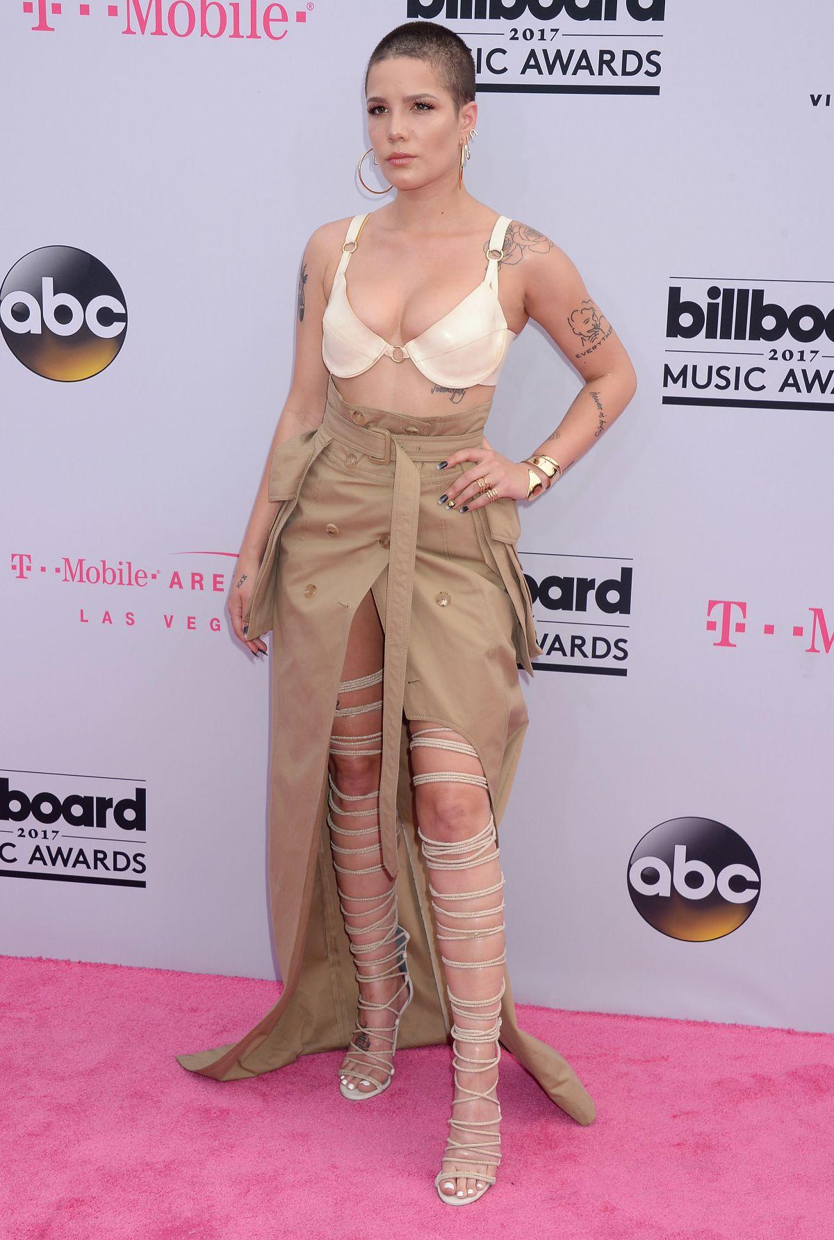 HALSEY at Billboard Music Awards 2017 in Las Vegas 05/21/2017 - HawtCelebs