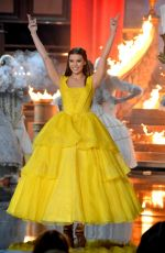 HAILEE STEINFELD Performs at MTV Movie & TV Awards 2017 in Los Angeles 05/07/2017