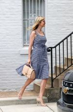 IVANKA TRUMP Leaves Her Home in Washington 05/04/2017