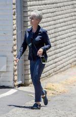 JAMIE LEE CURTIS Out and About in Brentwood 05/20/2017