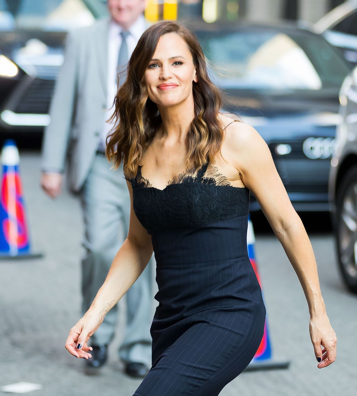 JENNIFER GARNER Arrives at Late Show with Stephen Colbert in New York 05/18/2017