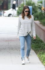 JENNIFER GARNER Out and About in Brentwood 05/30/2017
