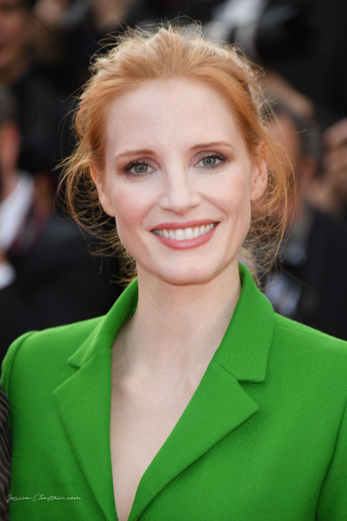 JESSICA CHASTAIN at The Meyerowitz Stories Premiere at ... Jessica Chastain