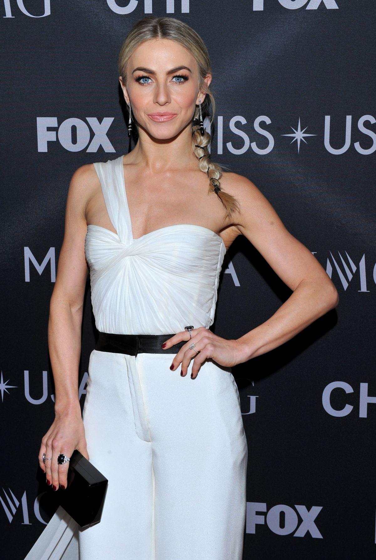 JULIANNE HOUGH Co-hosting 2017 Miss USA in Las Vegas 05/14/2017