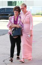 KARTY PERRY Out with Her Mom in Los Angeles 05/14/2017