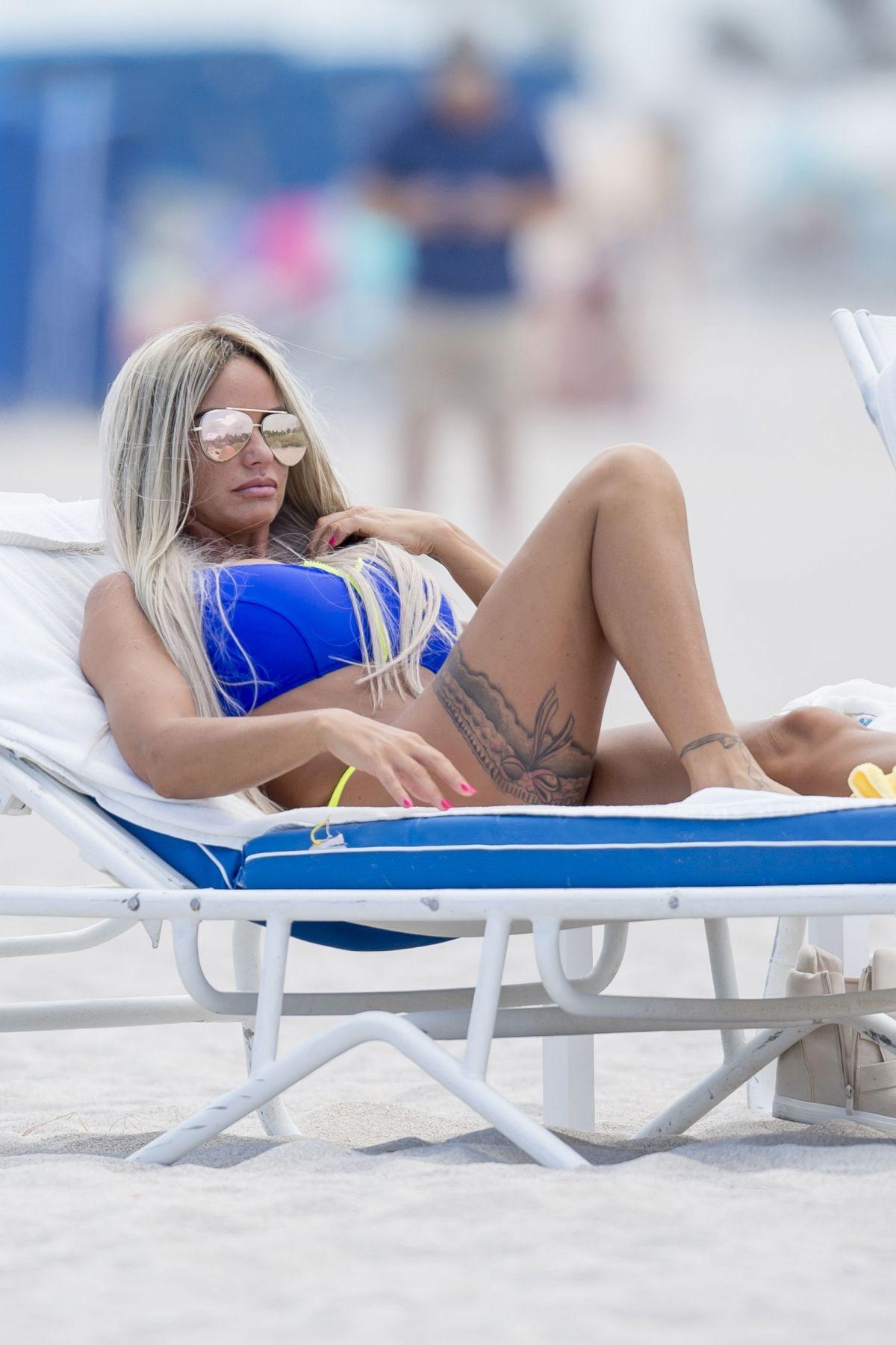 Katie Price Bikini 85