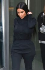 KIM KARDASHIAN Leaves Her Apartment in New York 05/16/2017