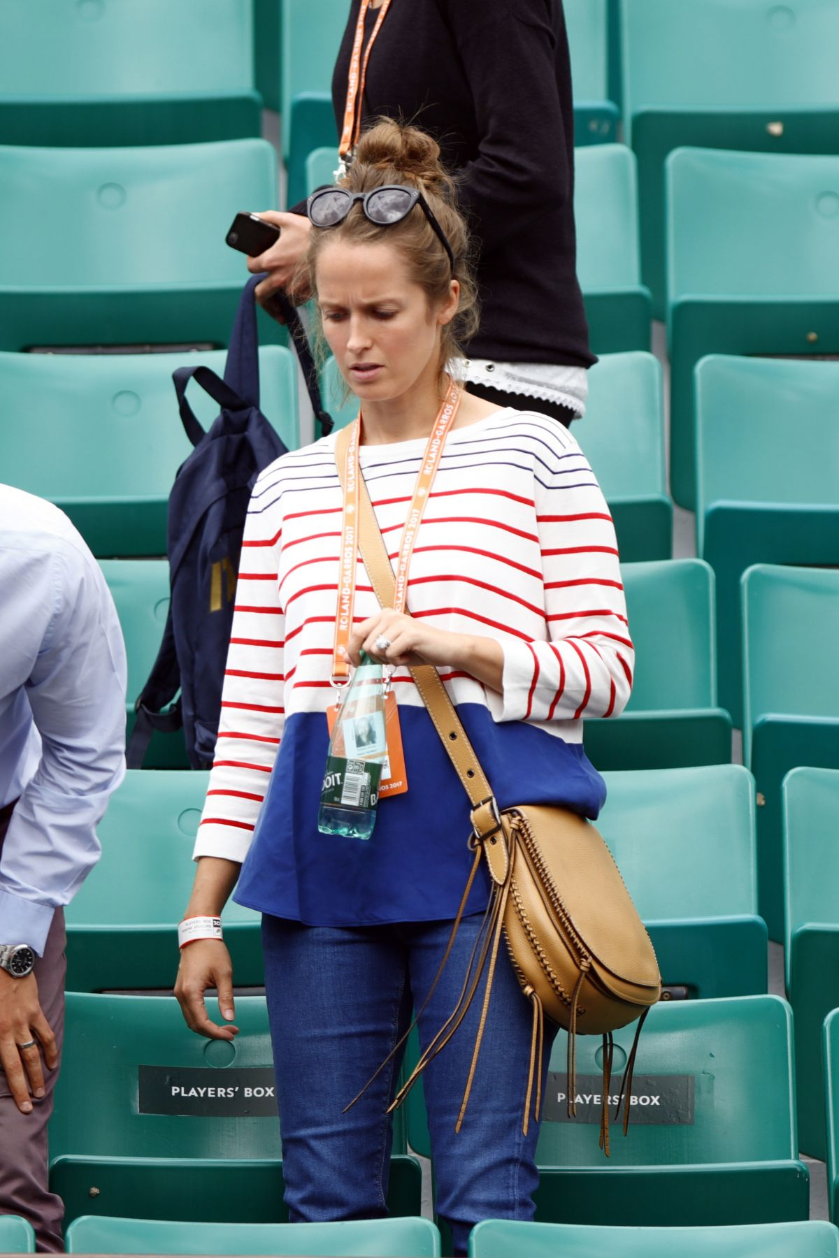 KIM SEARS Watching Her Husband Andy Murray at Roland Garros in Paris 05/29/2017
