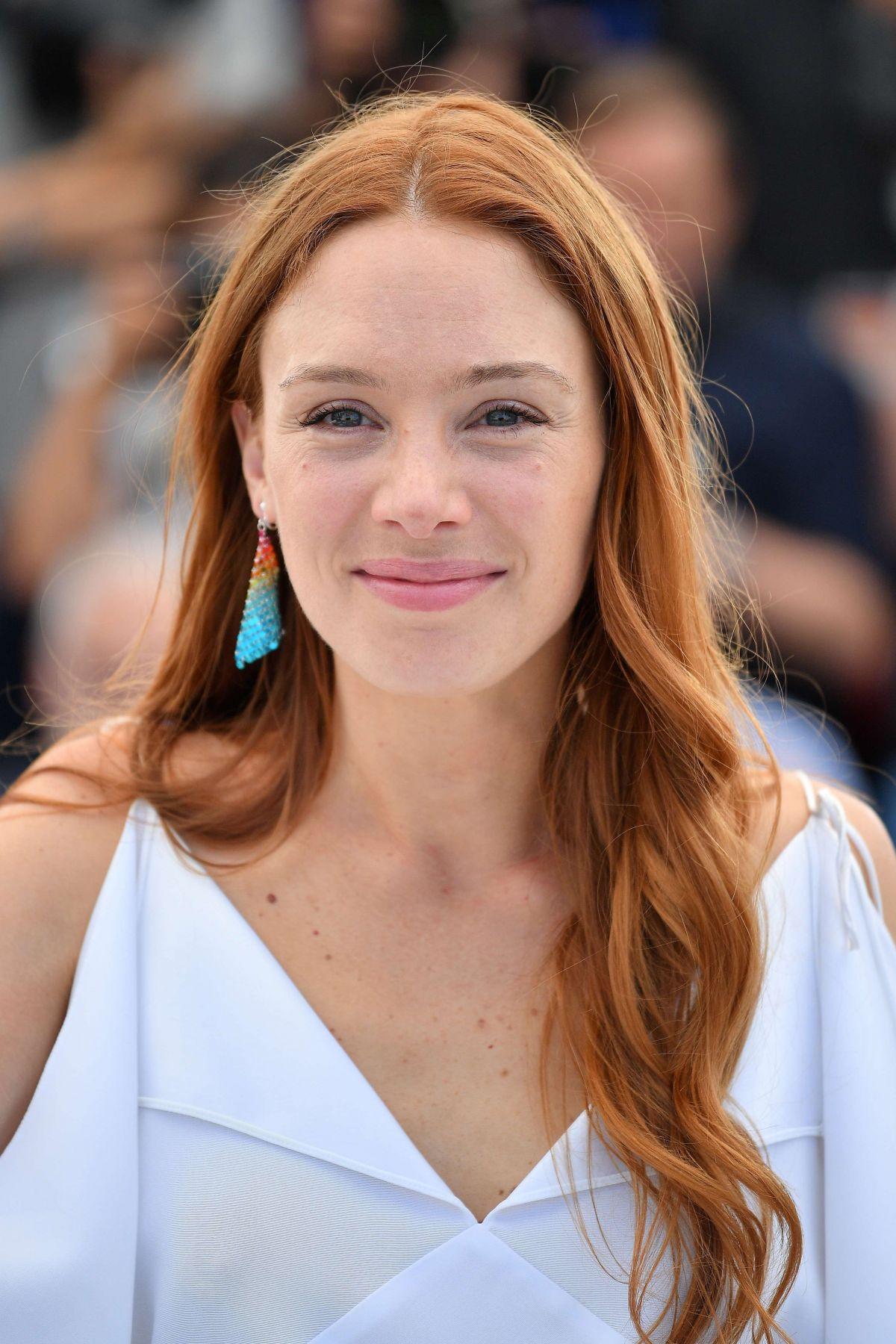 LAETITIA DOSCH at Montparnasse Bienvenue Photocall at 2017 Cannes Film Festival 05/23/2017