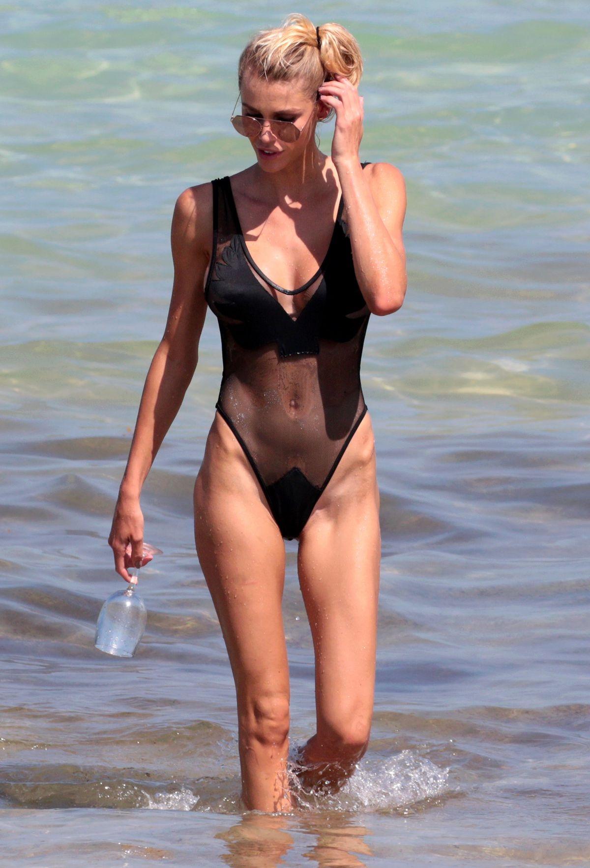 Bikini Lisa Hochstein nudes (85 photo), Pussy