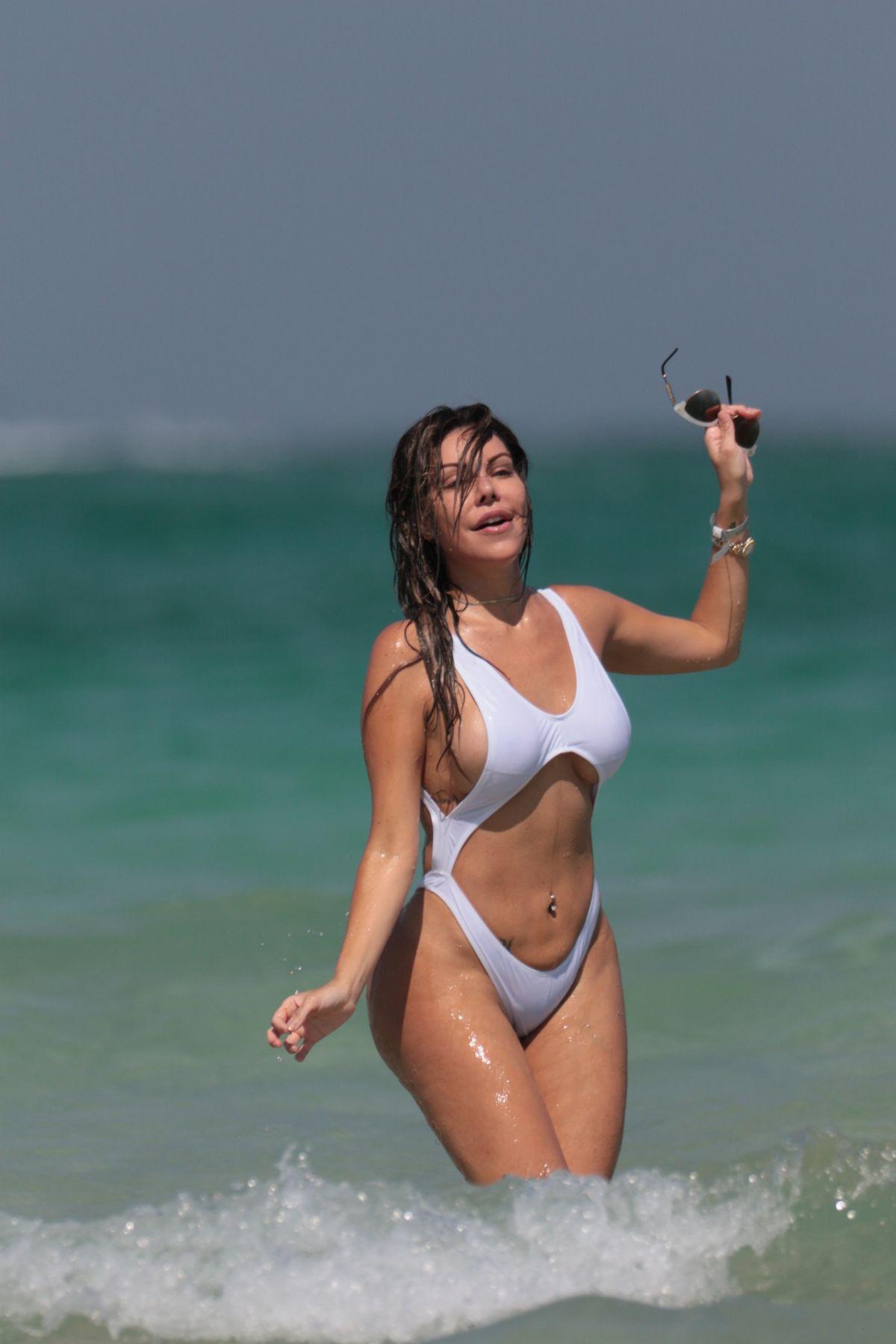 Liziane Gutierrez Nude Photos 96