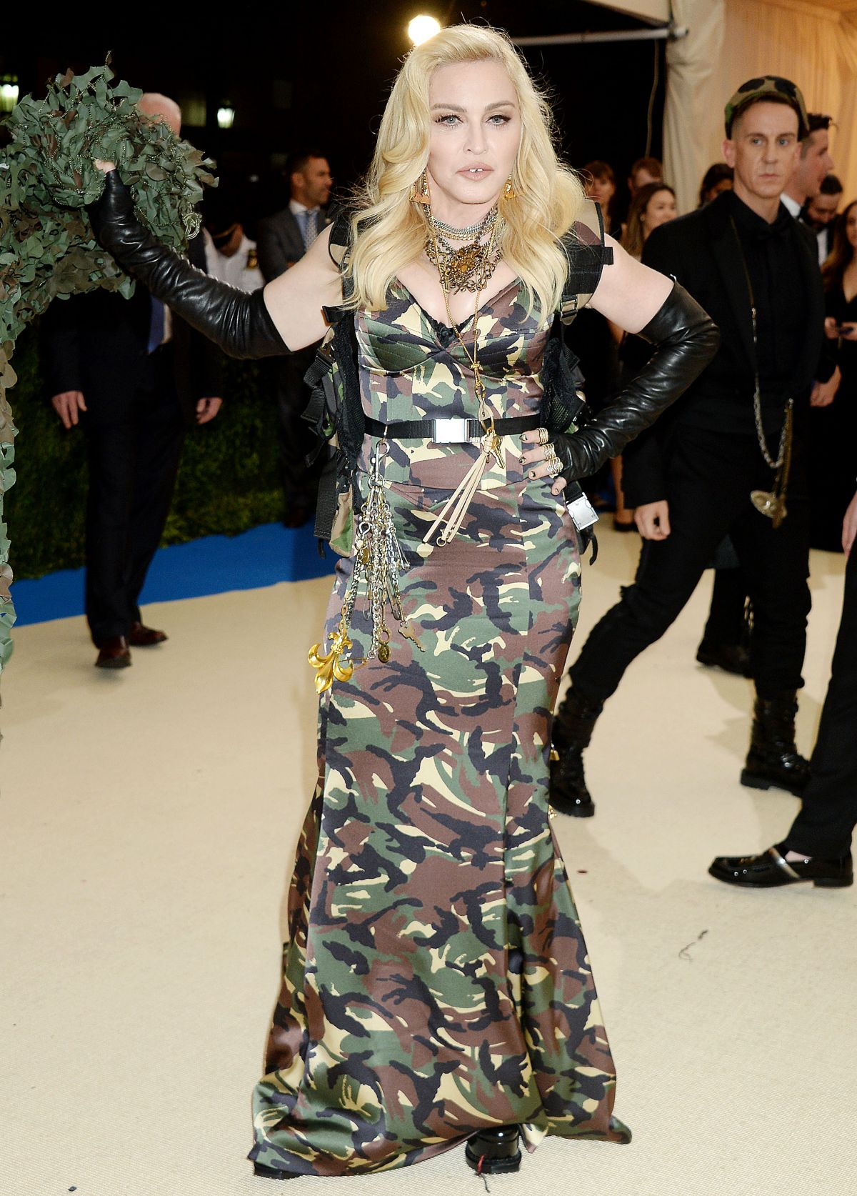 2017 New Kylie Cosmetics Lip Kit Vixen Merry Holiday: MADONNA At 2017 MET Gala In New York 05/01/2017