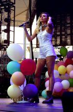 MILEY CYRUS Performs at 102.7 Kiis FM