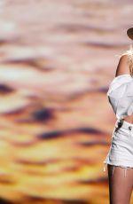 MILEY CYRUS Performs at 2017 Billboard Music Awards in Las Vegas 05/21/2017