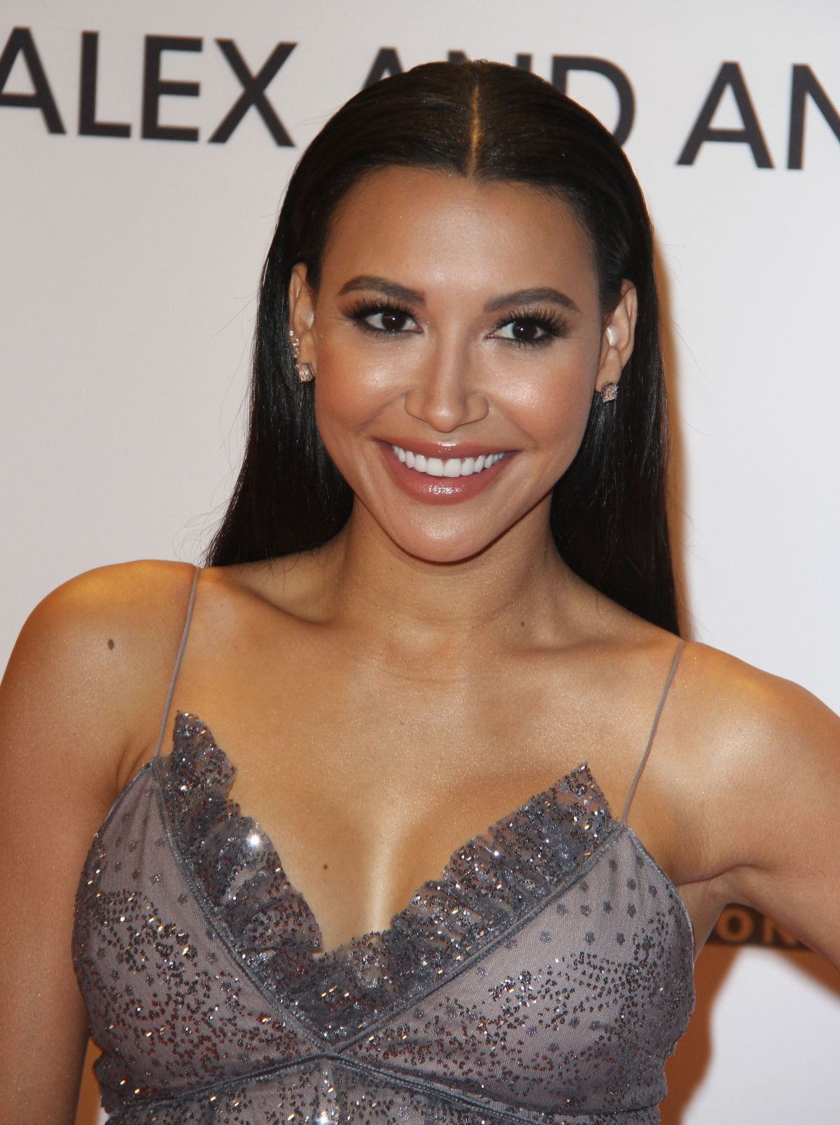 naya-rivera-at-24th-annual-race-to-erase-ms-gala-in-beverly-hills-05-05-2017_3.jpg
