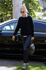 NICOLE KIDMAN Arrives at Her Mother