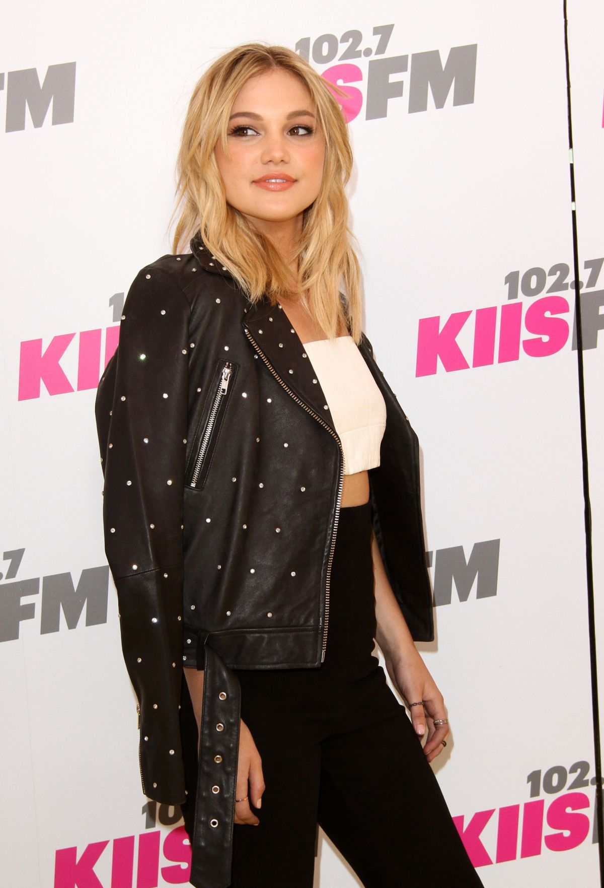 OLIVIA HOLT at 102.7 Kiis FM's 2017 Wango Tango in Carson 05/13/2017