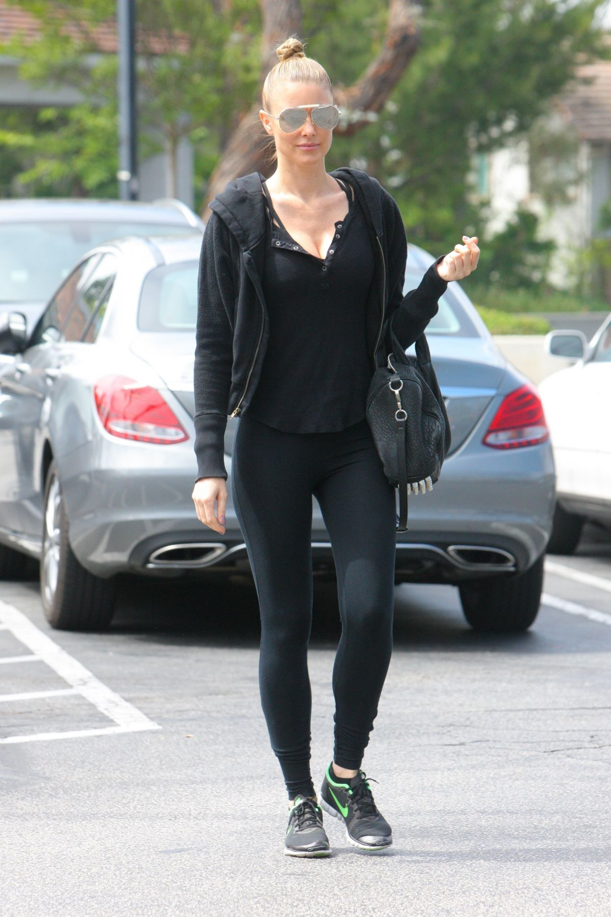 PAIGE BUTCHER Leaves a Gym in Beverly Hills 05/29/2017