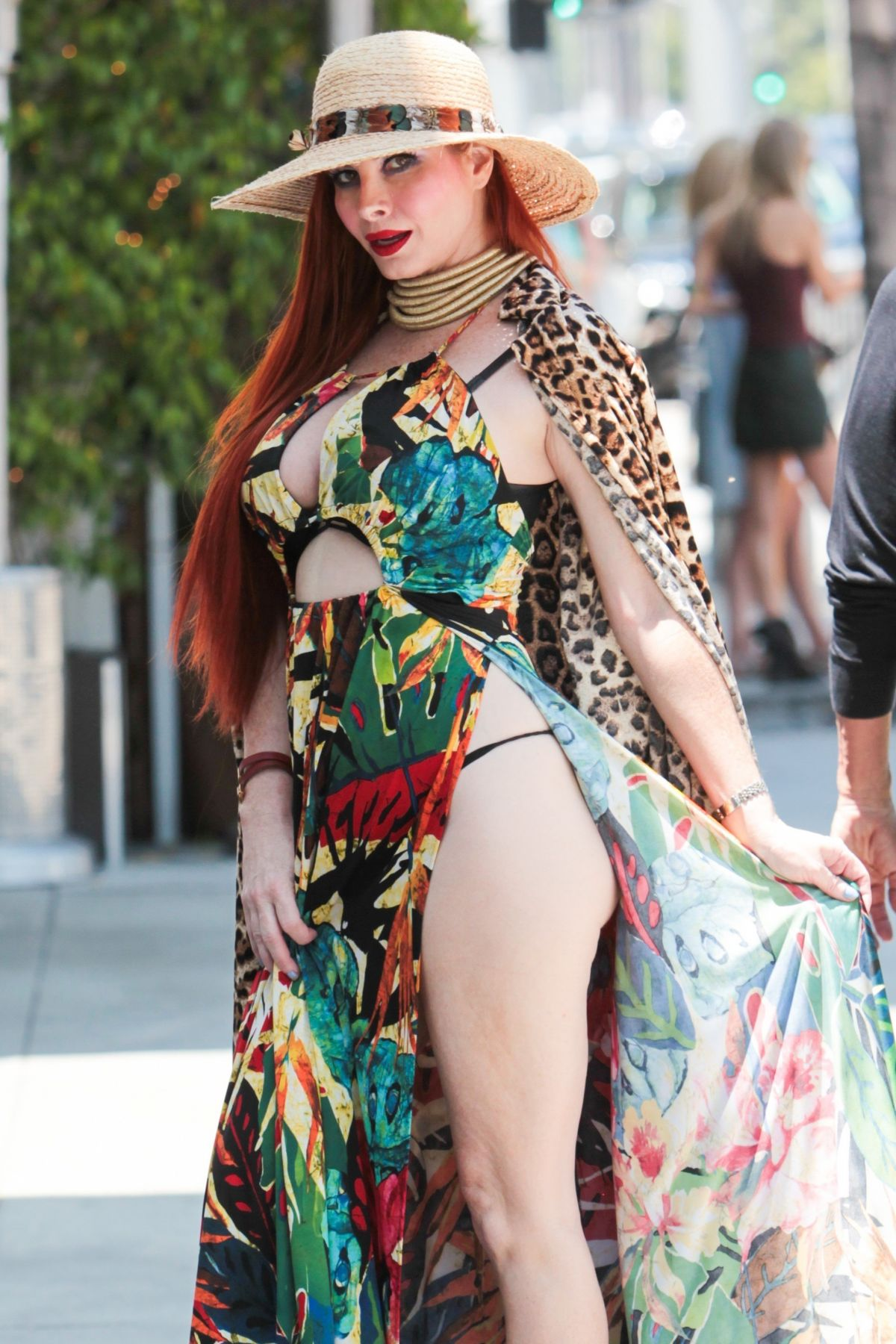 Phoebe Price photos