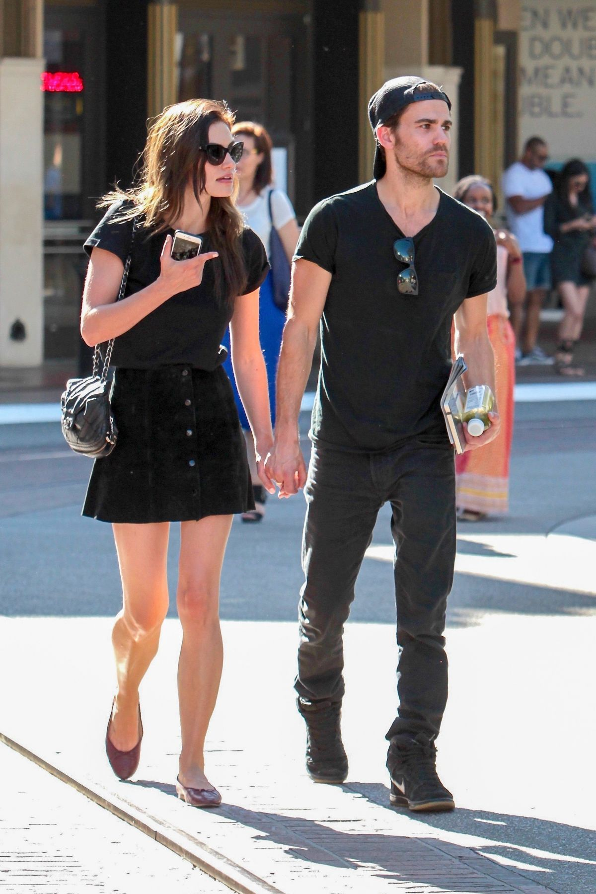 Paul Wesley and Phoebe Tonkin Split Again |Thomas Mcdonell And Phoebe Tonkin