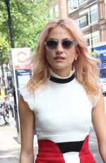 PIXIE LOTT Leaves Sunday Brunch TV in London 05/07/2017