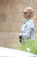 Pregnant ROSIE HUNTINGTON-WHITELEY Out and About in Malibu 05/12/2017