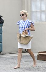 REESE WITHERSPOON Barefoot Leaves a Spa in Los Angeles 05/22/2017