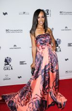 SHAUN ROBINSON at Wearable Art Gala at California African American Museum in Los Angeles 04/29/2017
