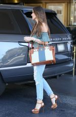 SOFIA VERGARA Shopping at Saks Fifth Avenue in Beverly Hills 05/24/2017