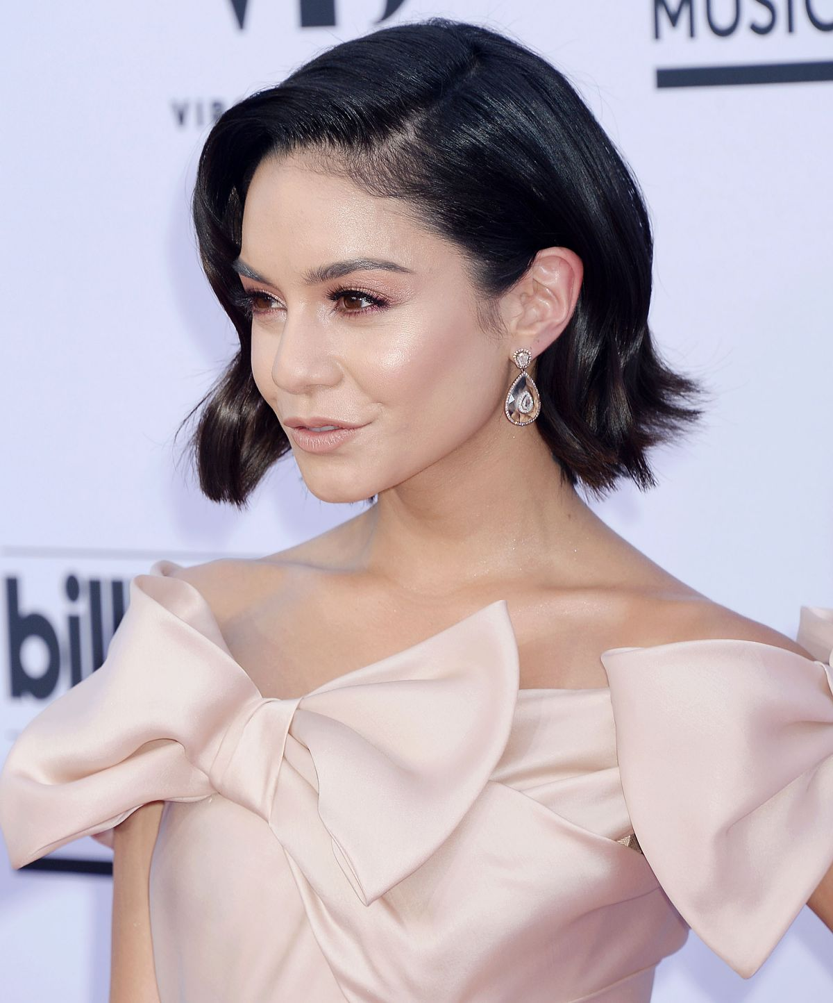 VANESSA HUDGENS at Billboard Music Awards 2017 in Las ... Vanessa Hudgens