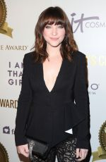 VIOLETT BEANE at Women's Choice Awards in Los Angeles 05/17/2017