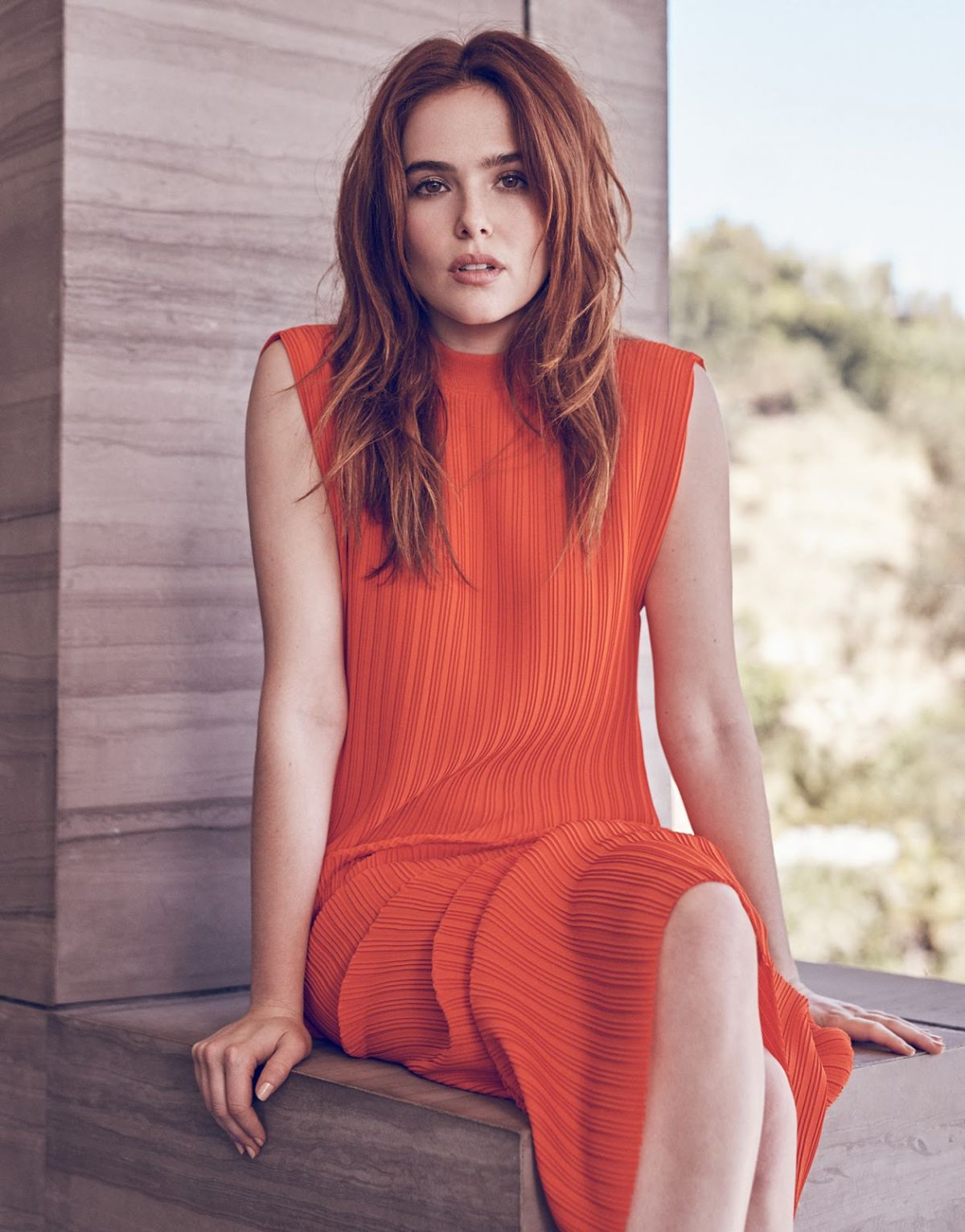 ZOEY DEUTCH in Edit Ma... Emma Stone Imdb
