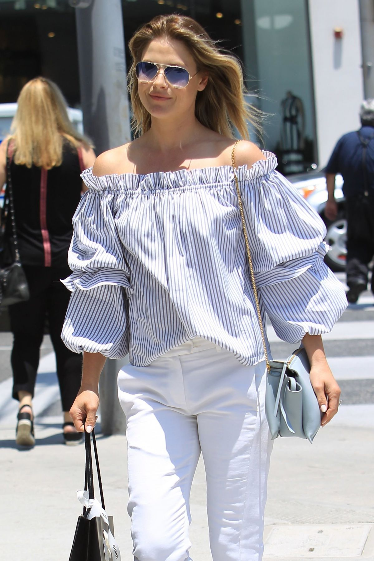 ALI LARTER Out Shopping in Beverly Hills 06/02/2017 ...
