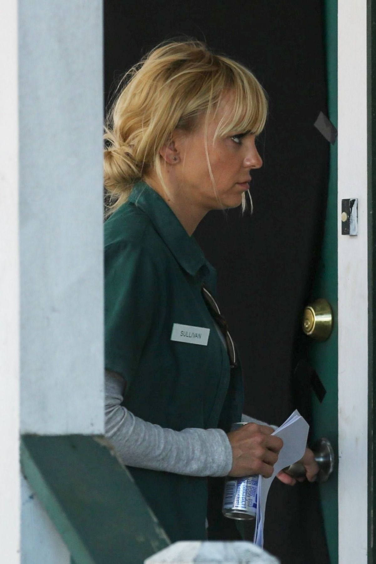 ANNA FARIS on the Set of Overboard in Vancouver 06/09/2017