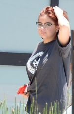ARIEL WINTER Checking Out Available Properties in Beverly Hills 06/18/2017