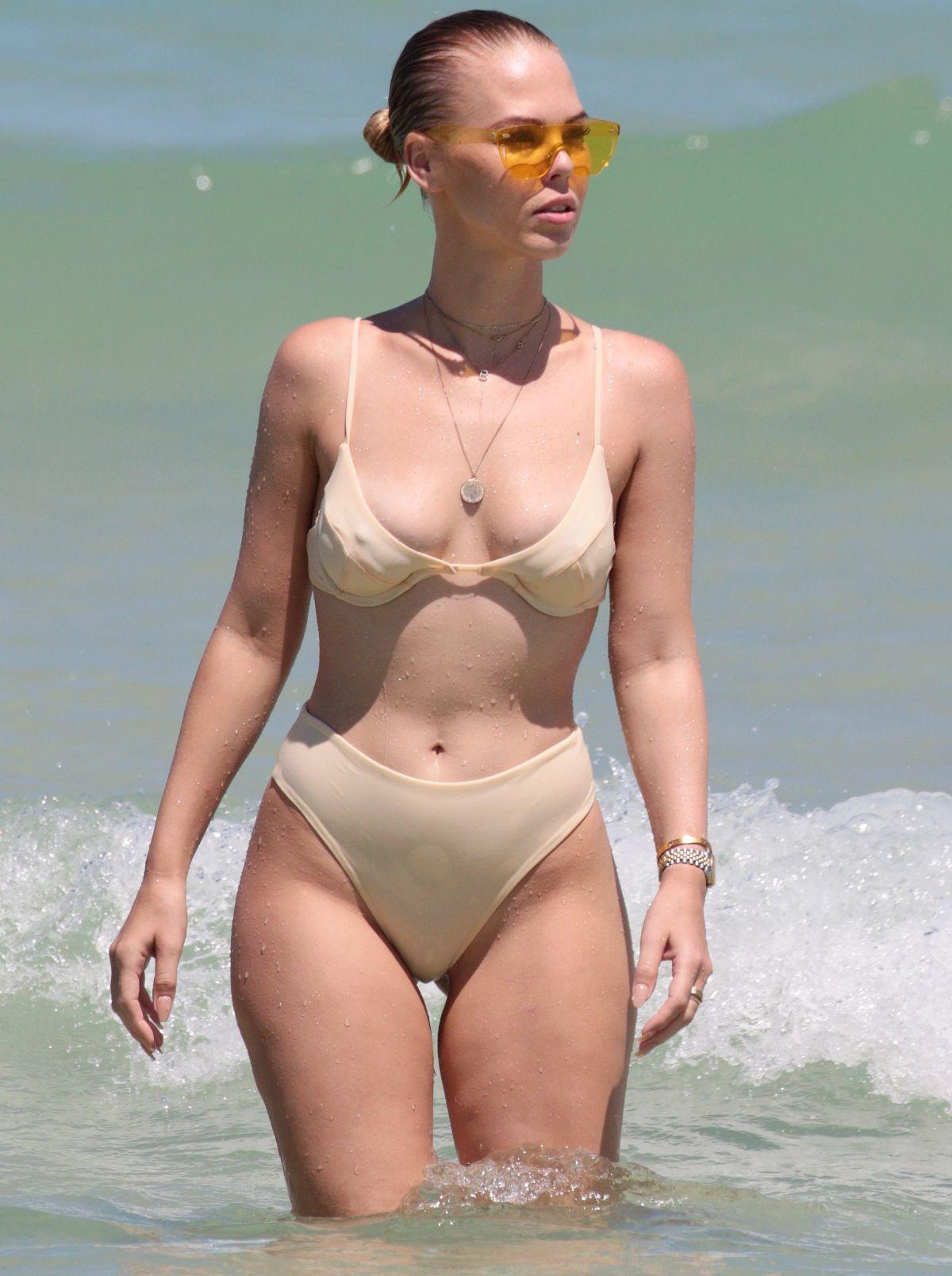 BIANCA ELOUISE in Bikini on the Beach in Miami 06/25/2017