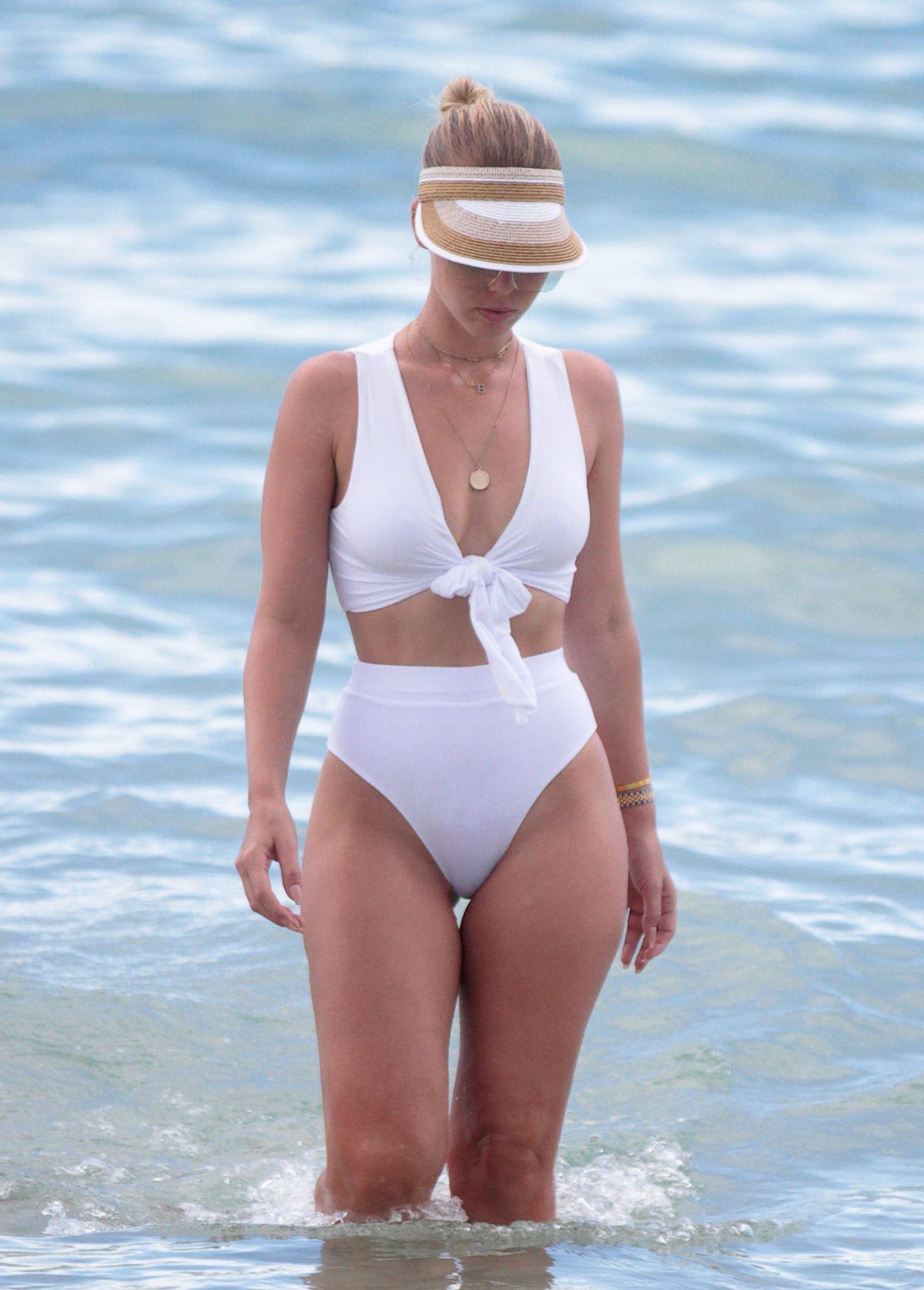 Lily Moulton in White Bikini on the beach in Miami Pic 28 of 35