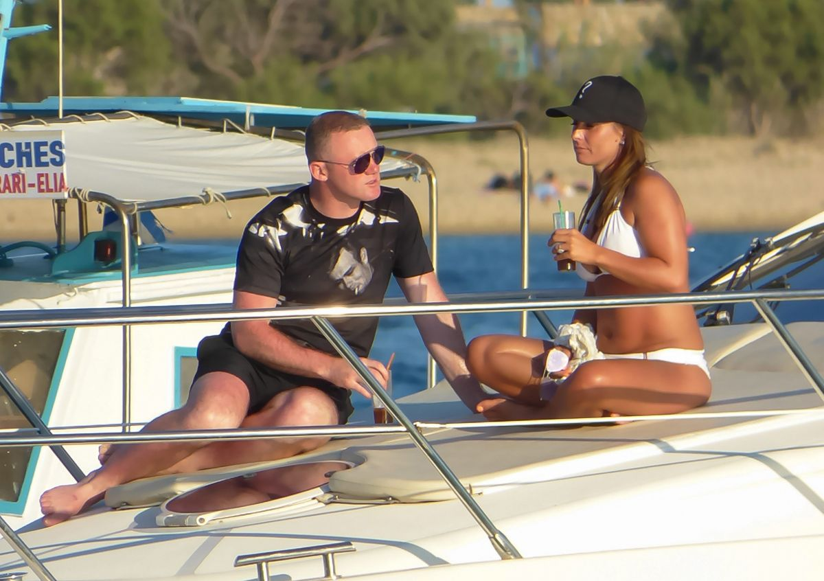 COLEEN and Wayne ROONEY on Vacation in Mykonos 06/10/2017
