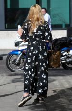 FEARNE COTTON Arrives at BBC Radio 2 Studios in London 06/01/2017
