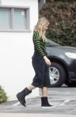 GWYNETH PALTROW Out and About in Los Angeles 05/31/2017