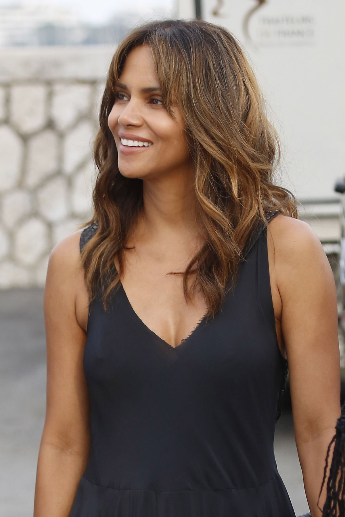 Halle Berry Archives - HawtCelebs - HawtCelebs Halle Berry