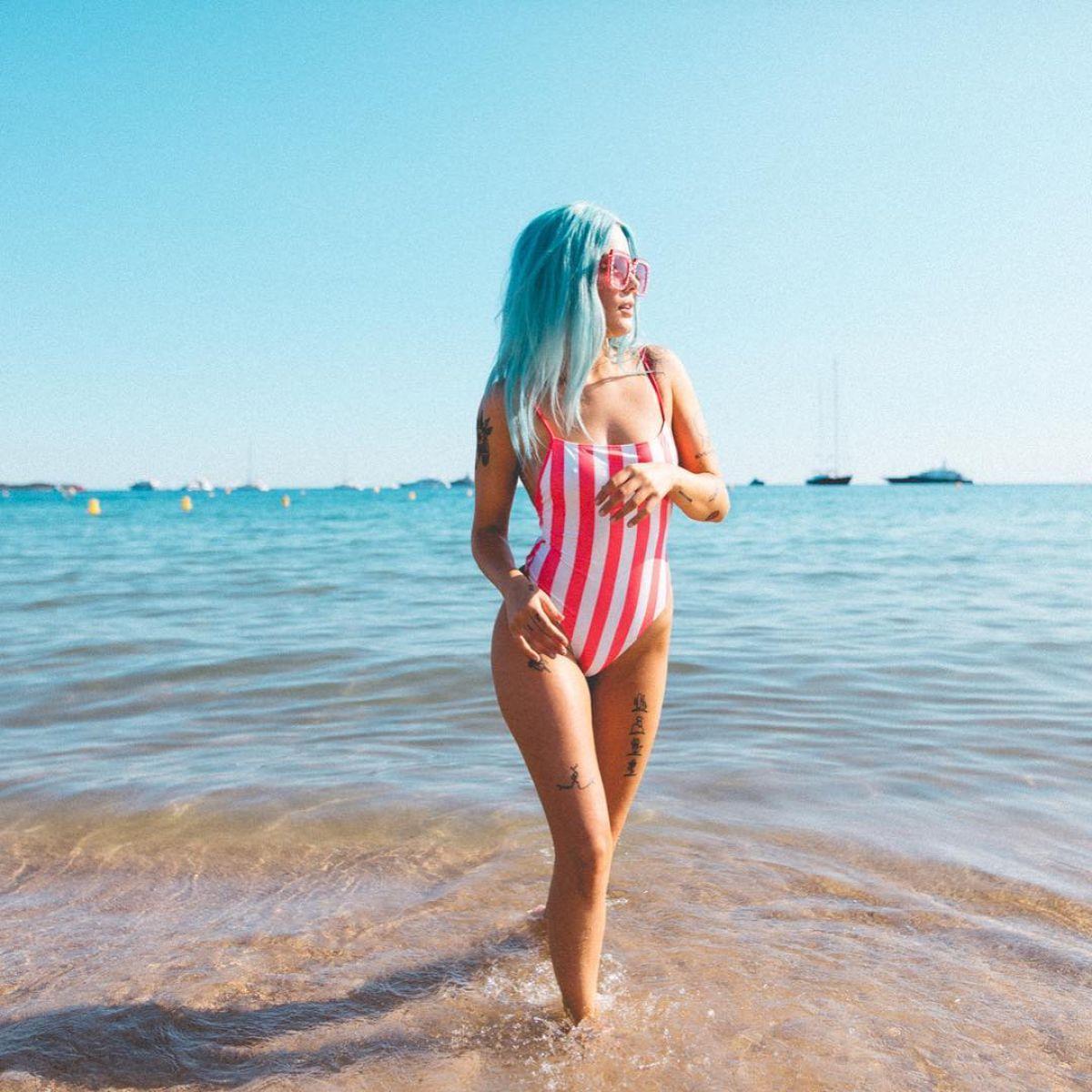 HALSEY in Swimsuit, 06/20/2017 Instagram Pictures