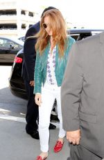 ISLA FISHER at Los Angeles International Airport 06/12/2017