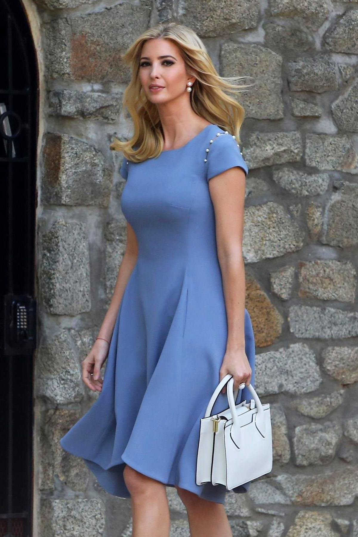 IVANKA TRUMP Steps Out for Work in Washington D.C. 06/27 ...