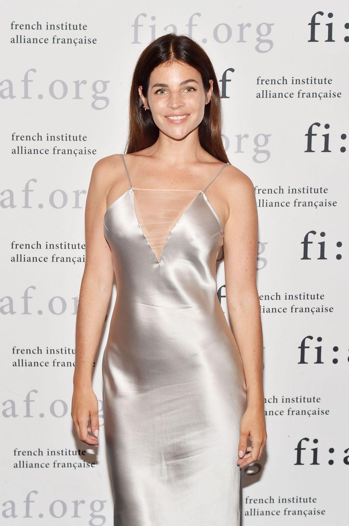 JULIA RESTOIN at French Institute Allied Francaise Art de Vivre Award Gala 06/12/2017