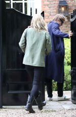KATE MOSS Arrives at Her Home in London 06/11/2017
