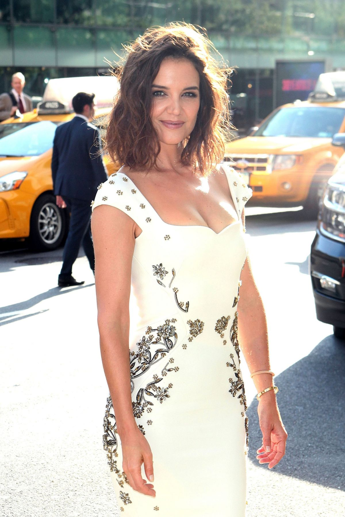 KATIE HOLMES Arrives at 2017 Fragrance Foundation Awards in New York 06/14/2017