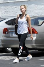 MARGOT ROBBIE Heading to a Gym in Los Angeles 06/09/2017