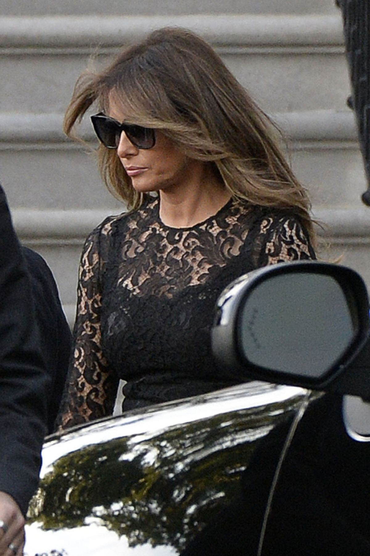 MELANIA and Donald TRUMP Out for Dinner in Washington D.C. 06/20/2017