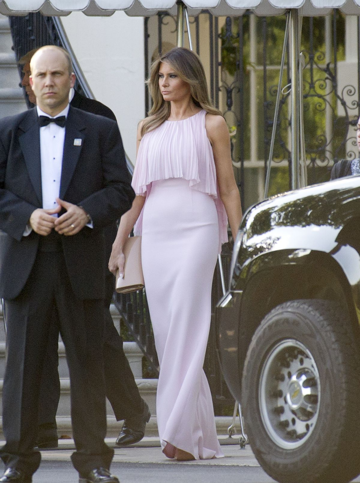 MELANIE TRUMP Depart White House in Washington 06/24/2017